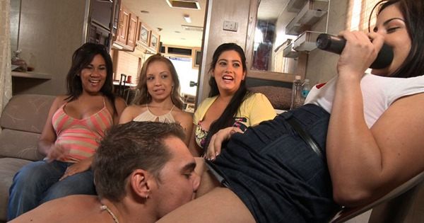 guy-licking-a-pussy